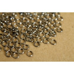 200 pc. 4mm Gunmetal Open Jumprings, 22 gauge | FI-087