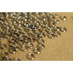 200 pc. 5mm Gunmetal Open Jumprings, 22 gauge | FI-088