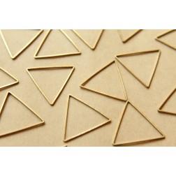 50 pc. Raw Brass Triangle Links: 27.5mm by 24mm | FI-194