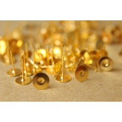 100 pc. Gold plated earring posts, 8mm pad | FI-201