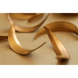 4 pc. Long Raw Brass Curved Leaves: 35mm by 8mm - made in USA - RB-153