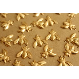 8 pc. Large Raw Brass Bee Charms: 17mm by 17.5mm - made in USA | RB-641