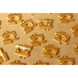 14 pc. Raw Brass Sewing Machine Charms : 17mm by 16mm - made in USA | RB-732