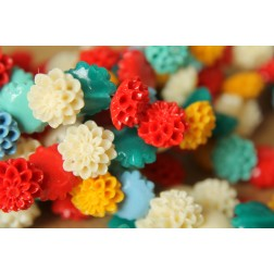8 pc. Medium Glossy Chrysanthemum Beads 13mm | RES-418