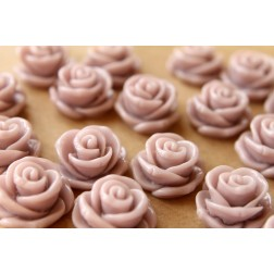 CLOSEOUT - 10 pc. Pale Mauve Jumbo Rose Cabochons 23mm | RES-455